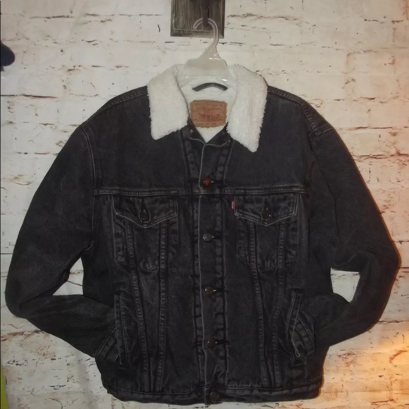 3f286e7e123 Levi s Other - ♡ Levi s Vintage 80s Denim Trucker Sherpa Jacket ♡